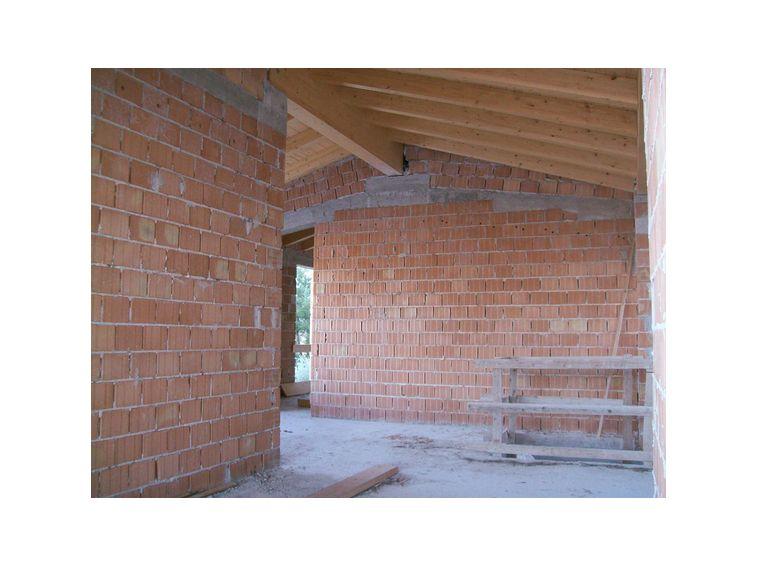 3033 casa indipendente con giardino su unico piano ap for A forma di casa con piano piano unico