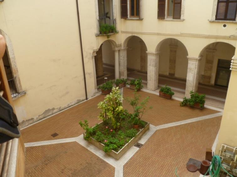 54 affitto appartamento uso ufficio nel centro storico for Appartamento uso ufficio roma