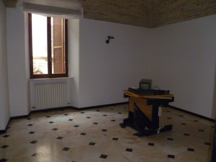 54 affitto appartamento uso ufficio nel centro storico
