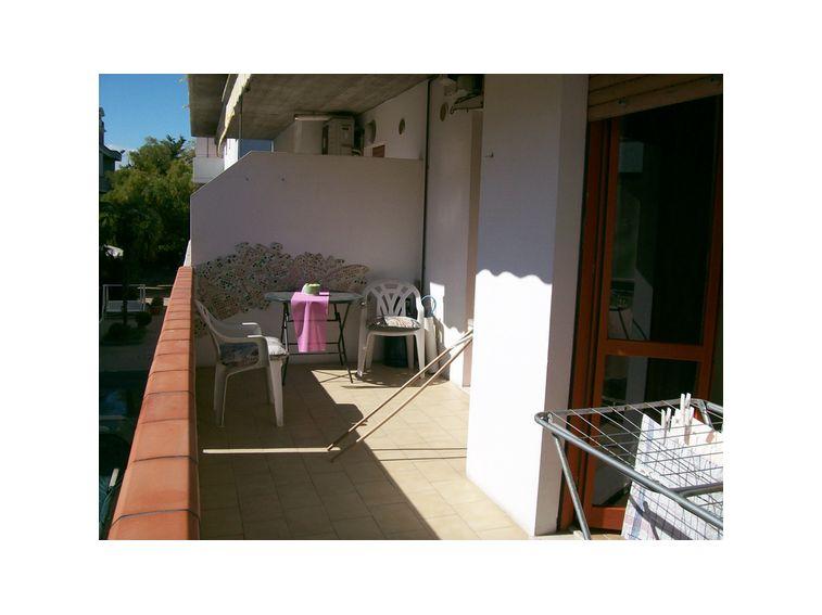 3378 Appartamento con terrazza ad Alba Adriatica (TE) | 2eMMe ...